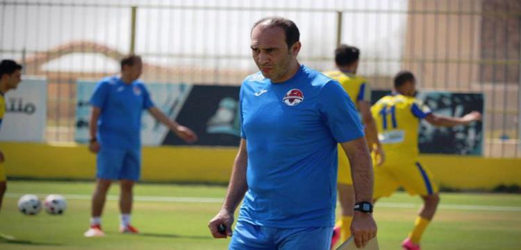 المصري: علي ماهر رحب بتجديد عقده مع النادي