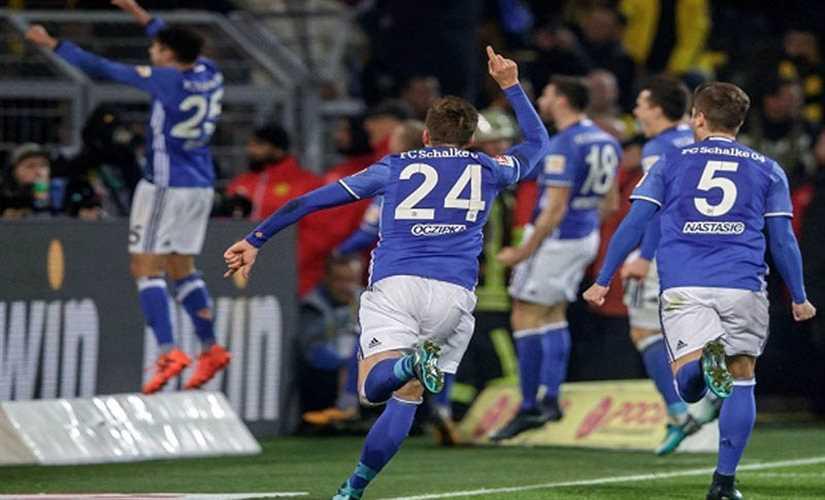 أوجسبورج يفوز علي شالكه 3 – 0 في الدوري الألماني