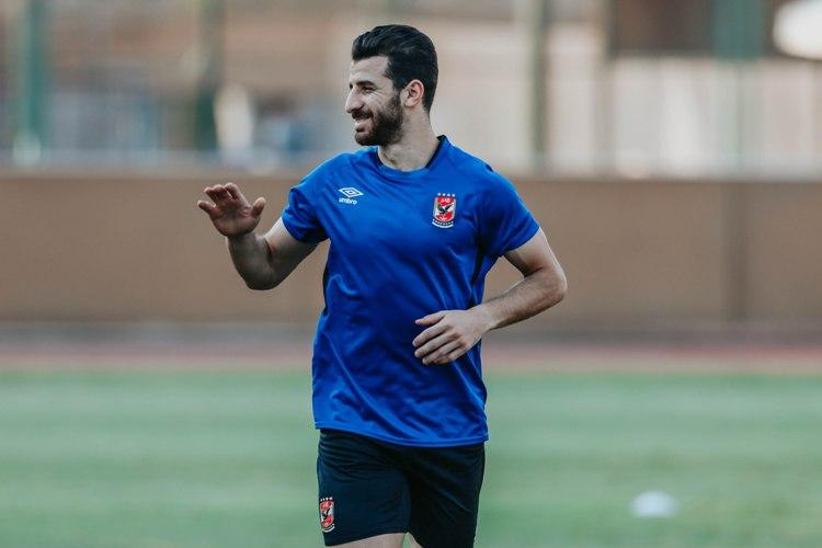 محمود متولي يشارك في مران الأهلي الجماعي