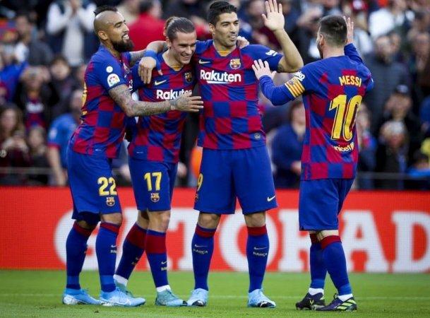 برشلونة يتابع لاعبيه أثناء العزل المنزلي
