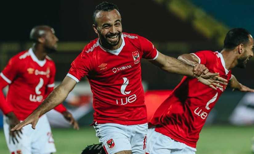 الأهلي يتقدم علي الوداد 1-0 والشناوي ينقذ ركلة جزاء